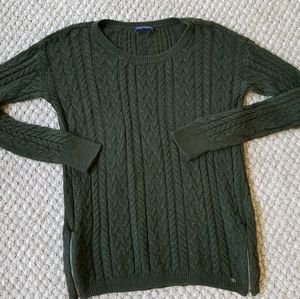American Eagle Green Cable Knit Zipper Sweater